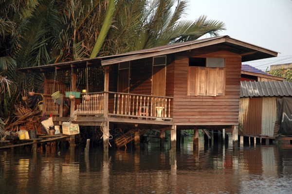 House on the klong
